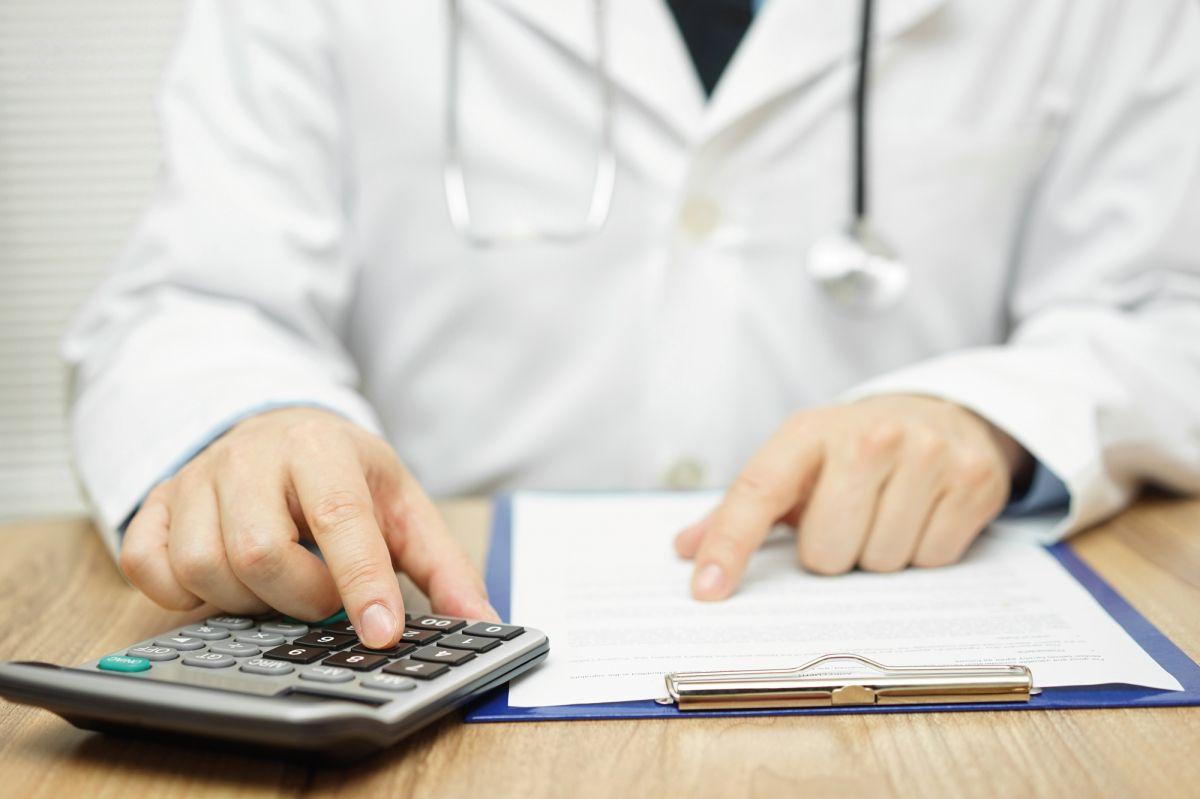 I veterinari si sentono generalmente a disagio a parlare di prezzi e/o tariffe, ma devono essere loro ad affrontare per primi il tema.