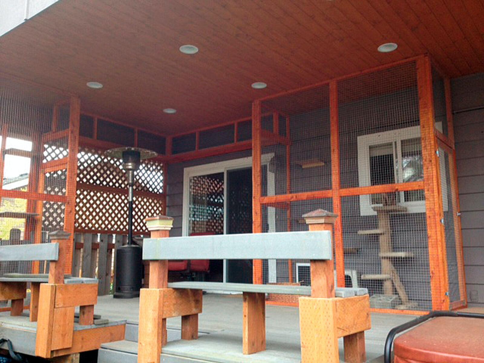 Abbildung 8. Beispiel für einen katzenfreundlichen, eingefriedeten Außenbereich.